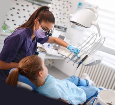 Odontologas ir pacientas